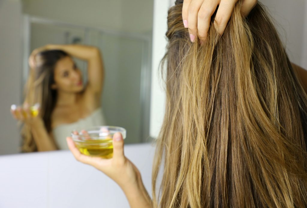 Beneficios del aceite de oliva para el pelo